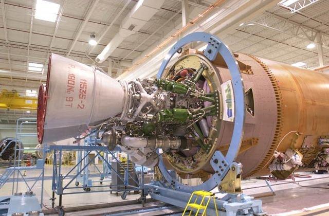 Российский ракетный двигатель РД-180 на американской ракете «Атлас-5»