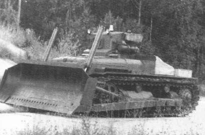 Радиоуправляемый бульдозер на базе трактора ДЭТ-250М