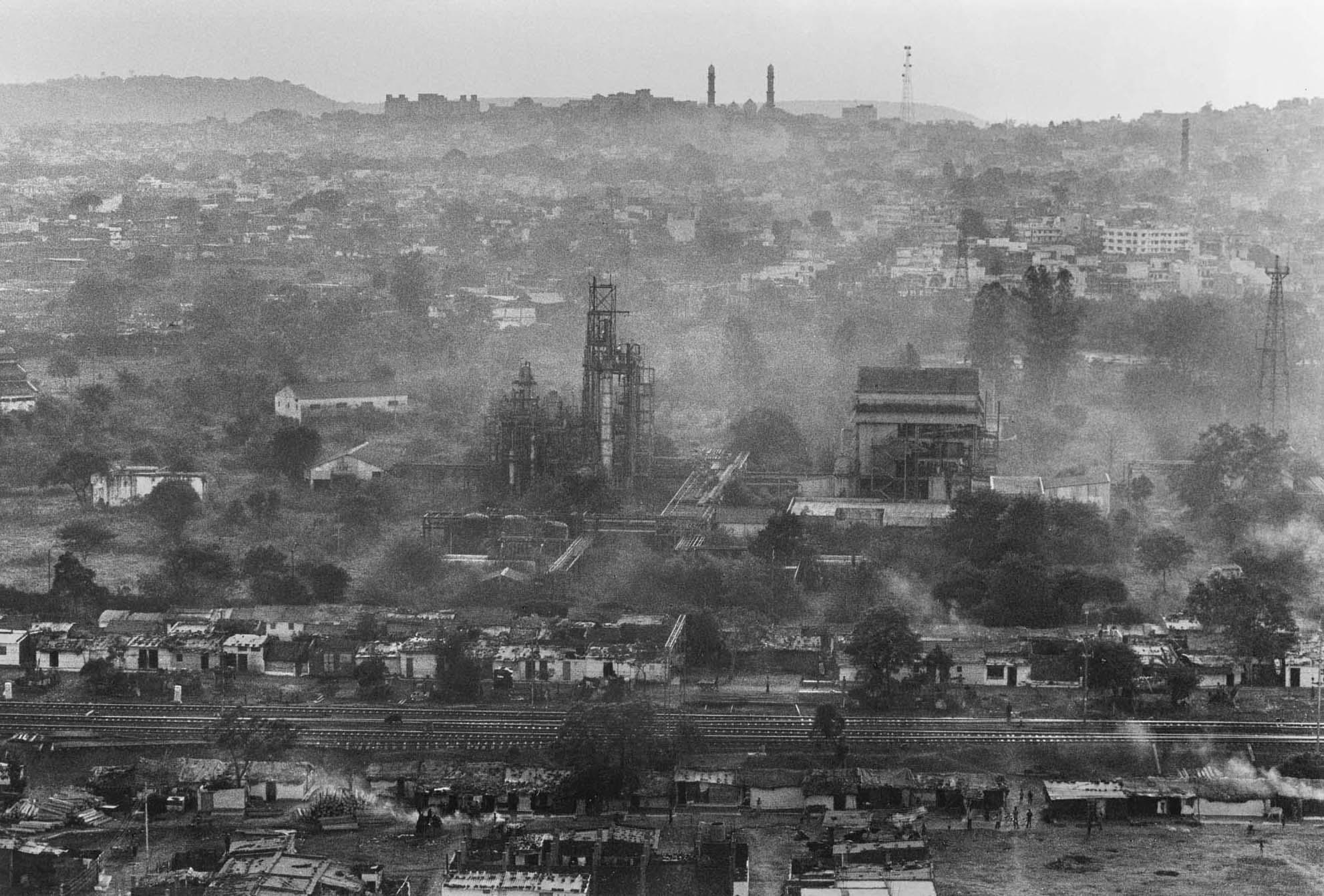 Авария в городе Бхопал (Индия) на химическом заводе фирмы «Union Carbide»