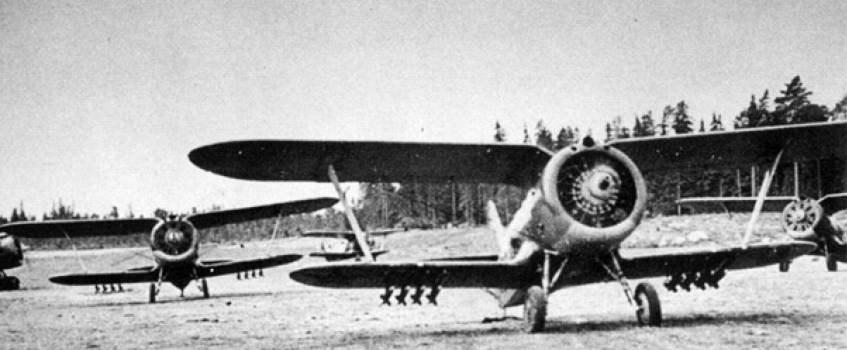 """Истребитель И-153 """"Чайка"""" с реактивными снарядами РС-82"""
