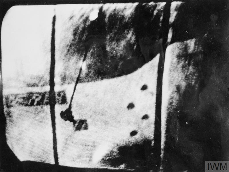 """Фото затонувшей  пл """"Эфрей"""", полученное с использованием подводной телевизионной установки в ходе проведения поисково-обследовательных работ"""