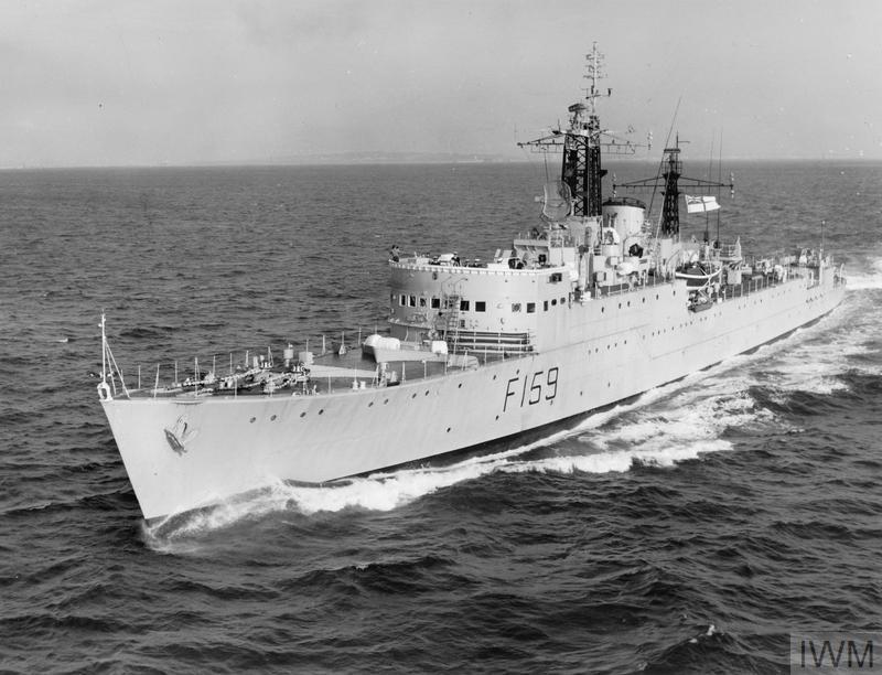 Фрегат ВМС Великобритании «Вэйкфул» (F-159 «Wakeful»)