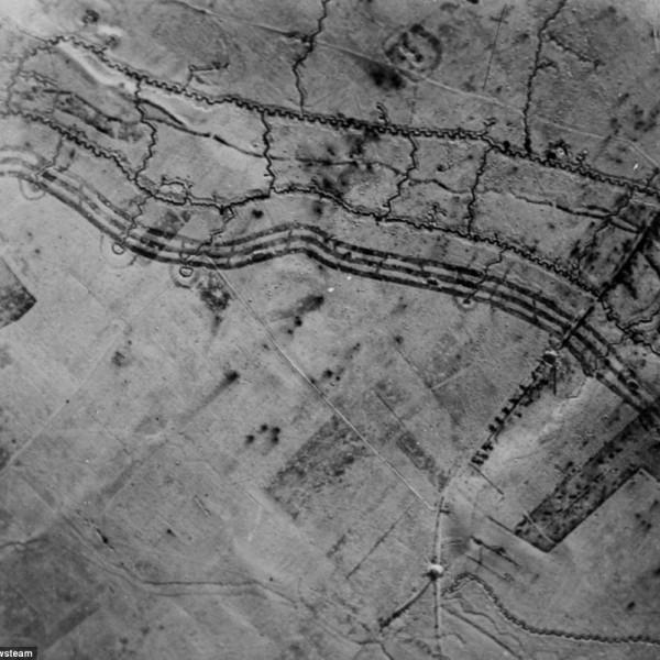 Аэроснимок оборонительной полосы периода Первой Мировой войны