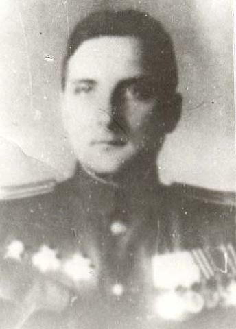 Командир 132-го отдельного дивизиона радиопомех 1942-1945 г.г.  майор А.К. Бушуев